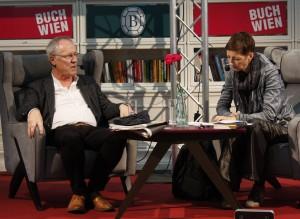 """Jörg Baberowski bei der Vorstellung seiner Studie """"Räume der Gewalt"""". © Christian Lund"""