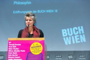 """Svenja Flaßpöhler bei der Eröffnung der """"Buch Wien 2018"""". © LCM Foto Richard Schuster"""