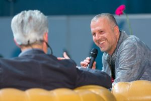 Berndhard Aichner (r.) mit Florian Scheuba. © LCM Foto Richard Schuster